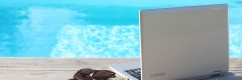 Toshiba_notebook_piscina_02