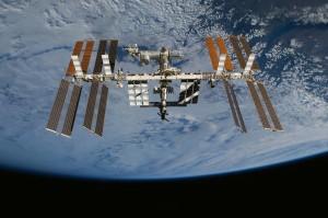 Terra-Stazione-Spaziale-Internazionale1