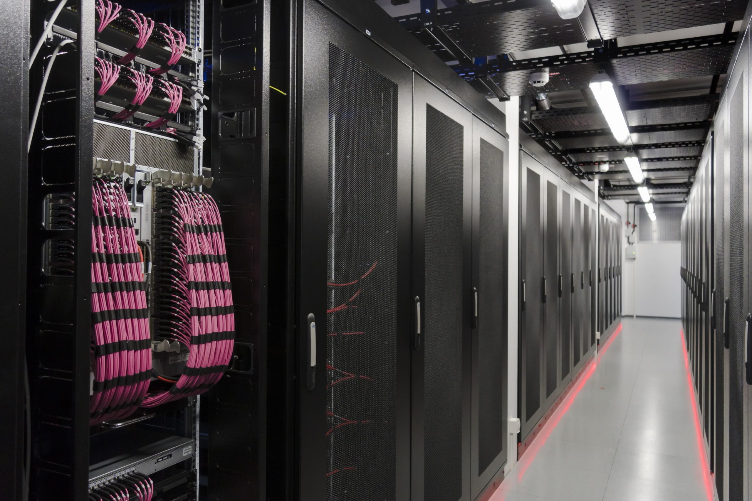 data center Rosenberger OSI