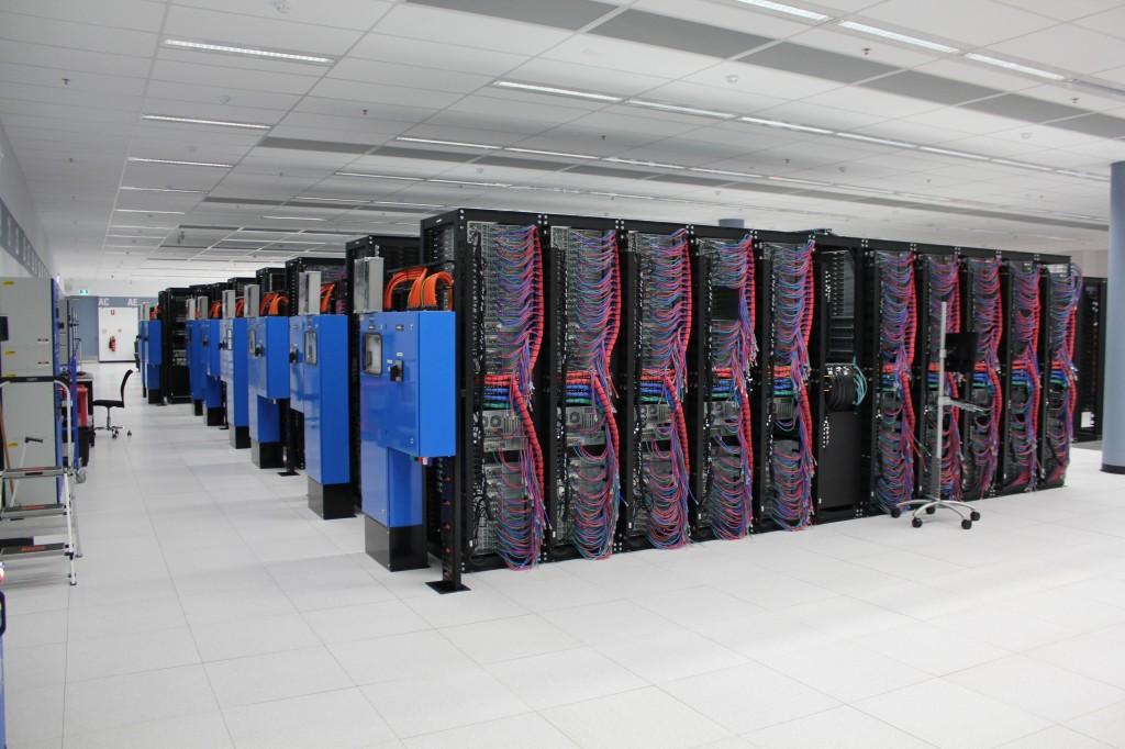 IBM Datacenter 8