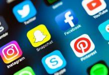 Come ci condizionano i social media?