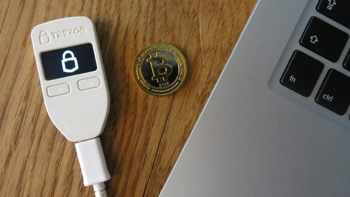 Gli hacker rubano bitcoin con Trezor Mobile Wallet