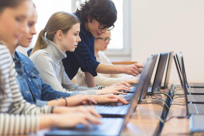 Rischio digitale e forza lavoro iper connessa