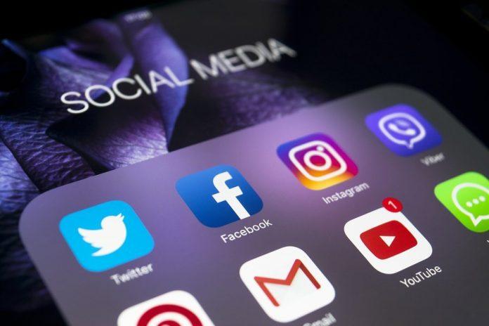 #distantimavicini: il ruolo dei Social Network nel lockdown