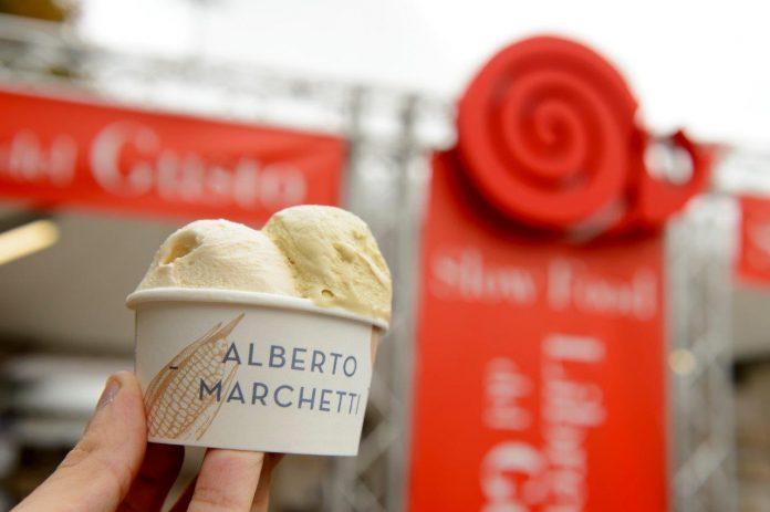 Alberto Marchetti presenta la blockchain del gelato