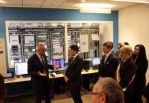 Conte al centro di Ricerca e Sviluppo di Ericsson a Genova