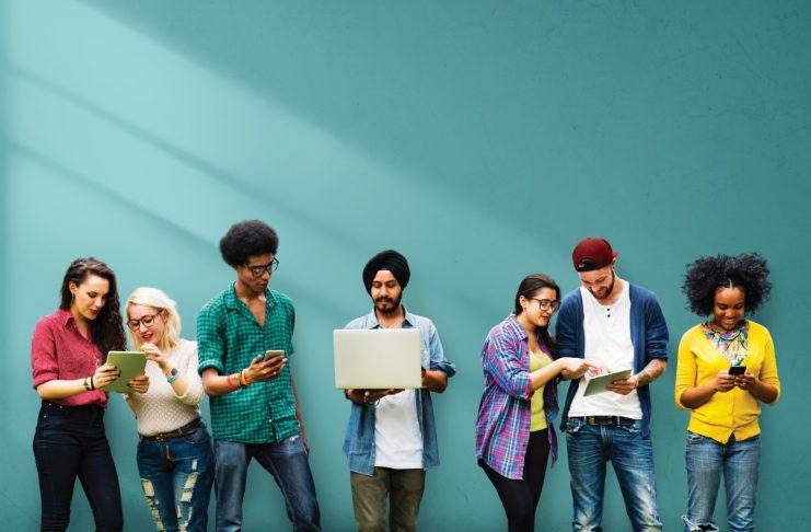 Denaro contante ed elettronico per i nativi digitali