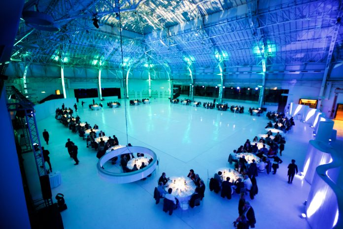 Retelit celebra un anno di successi durante la sua dinner on ice