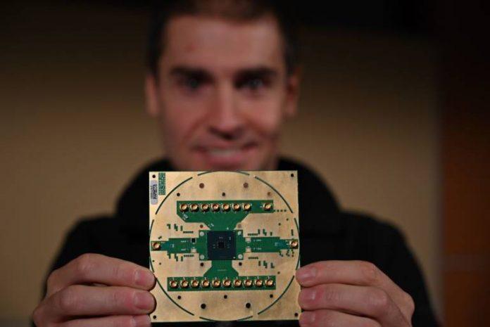Intel presenta il processore a controllo criogenico Horse Ridge