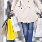 Shopping natalizio, agli italiani mancano i negozi fisici