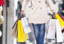 Shopping natalizio, agli italiani mancano i negozi fisici - Lo shopping post Covid e i comportamenti di acquisto
