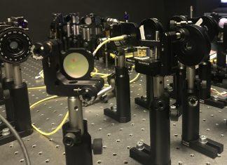 Calcolato il costo energetico del calcolo quantistico da Università di Firenze, Università Roma Tre e Queen's University di Belfast