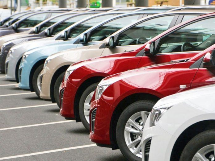 Calcolare il prezzo delle auto