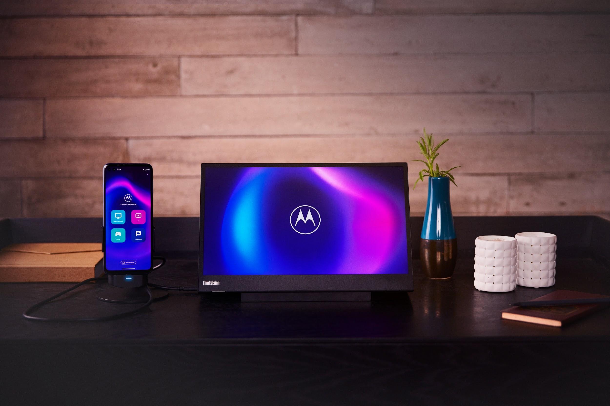 Motorola presenta moto g100: il più veloce di sempre