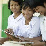 Connettere le scuole fa crescere il PIL fino al 20%